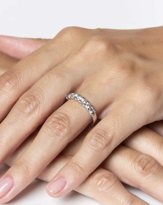 anillo alianza compromiso oro blanco diamantes blancos 7 012 m rosich