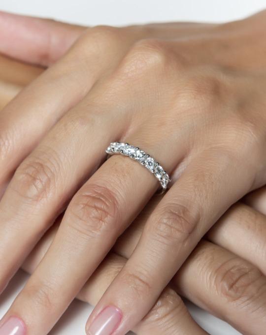 anillo alianza compromiso oro blanco diamantes blancos 7 015 m rosich